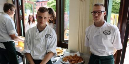 Dzień Otwarty i Festiwal Food Trucków w ZSTZ