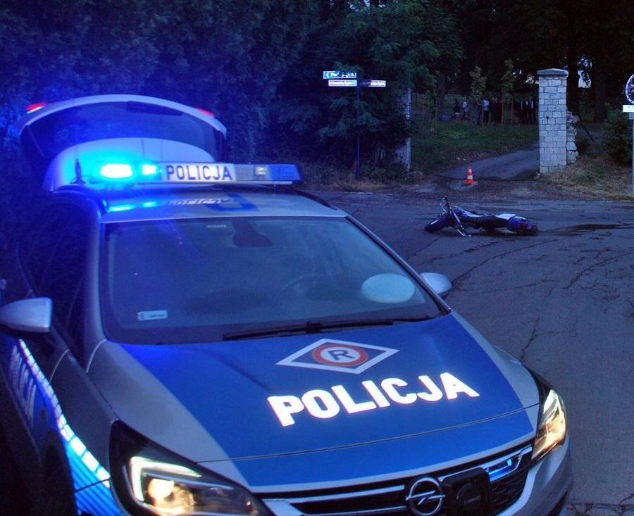 Pościg zakończony zatrzymaniem poszukiwanego 38-latka. Co grozi motocykliście?