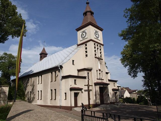 Kozłowa Góra - Kościół pw. Matki Boskiej Nieustającej Pomocy